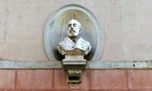 Busto Di Luigi Grotto, Piazza Cieco Grotto (adria)