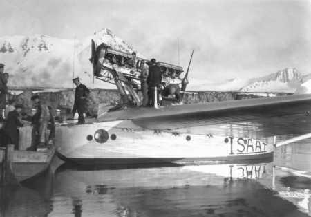 1928 Spedizione Polare, Baia Del Re Arrivo Su Veicolo S.55