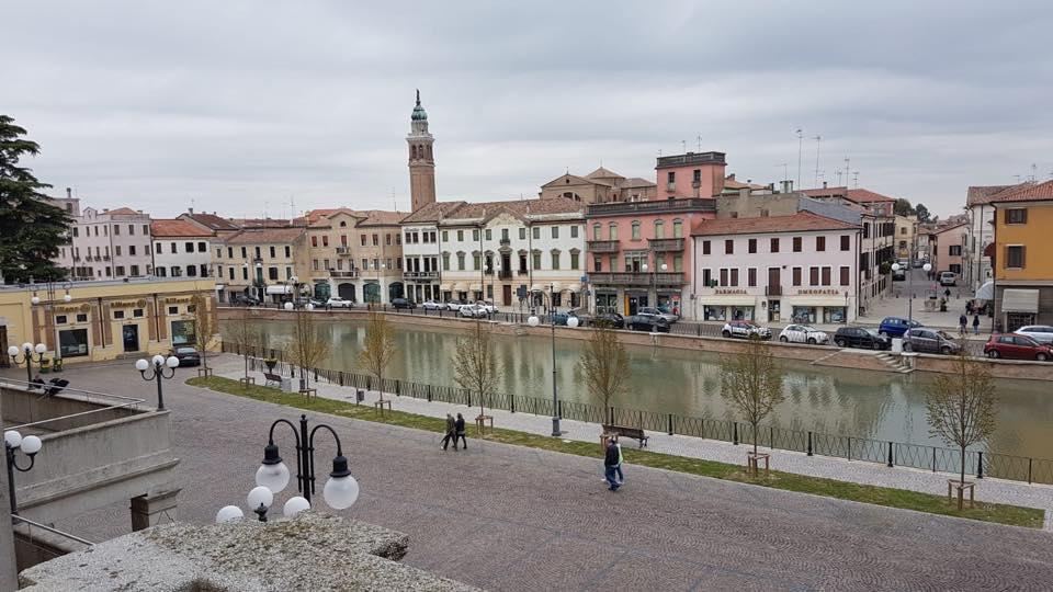 Adria Piazza Cavour Dal Teatro Del Popolo