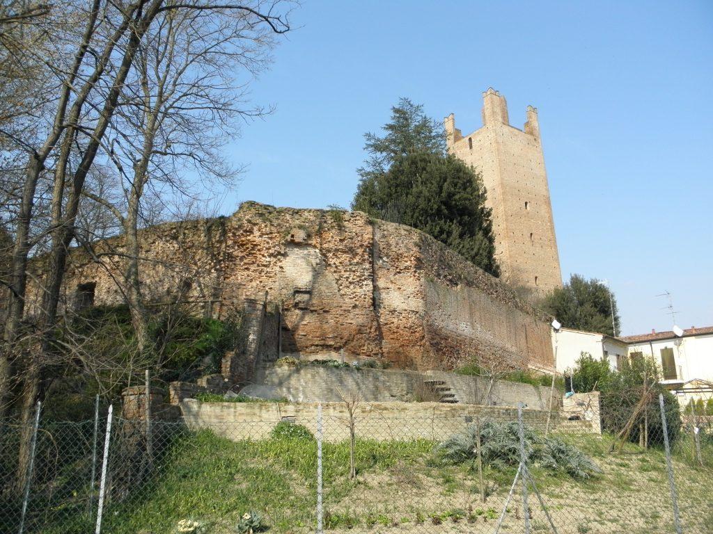Adria attraversa indenne tre secoli di storia-Rovigo mura