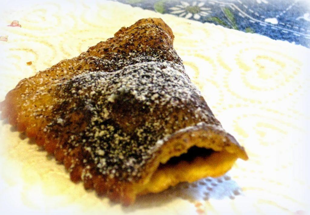 Crostoli tortelli ripieni per il carnevale adriese- Tortello ripeti di cioccolato