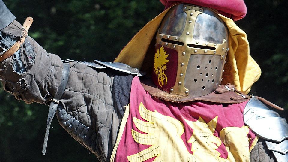 Adria potenza economica nell'adriatico-Cavaliere medievale
