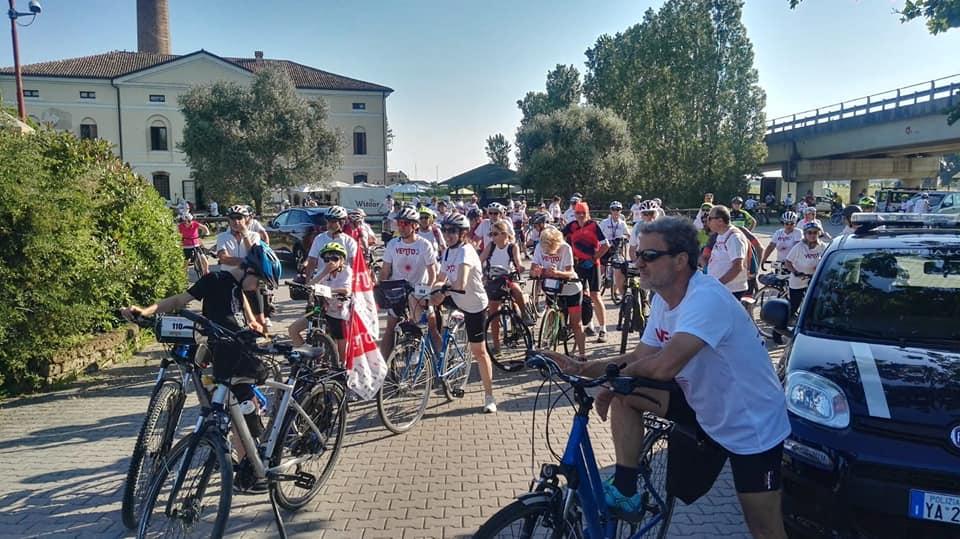 Ciclabile - Partenza della tappa Adria Venezia Ven-To 2019