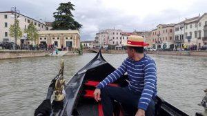 Adria Gondola Sul Canal Bianco