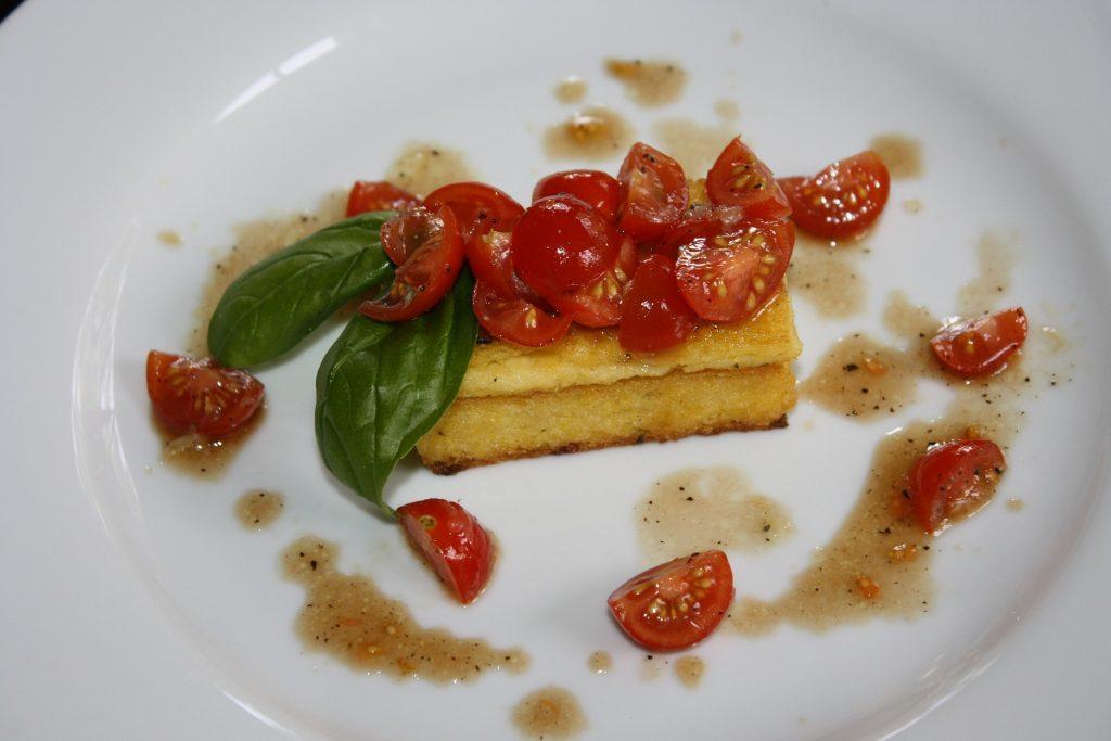 Polenta e pomodorini. jpg