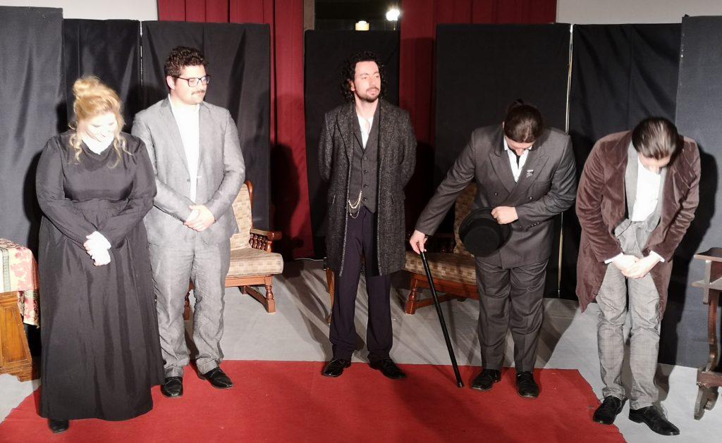 Il teatro Ferrini si tinge di giallo! Alcuni attori de I Sognatori