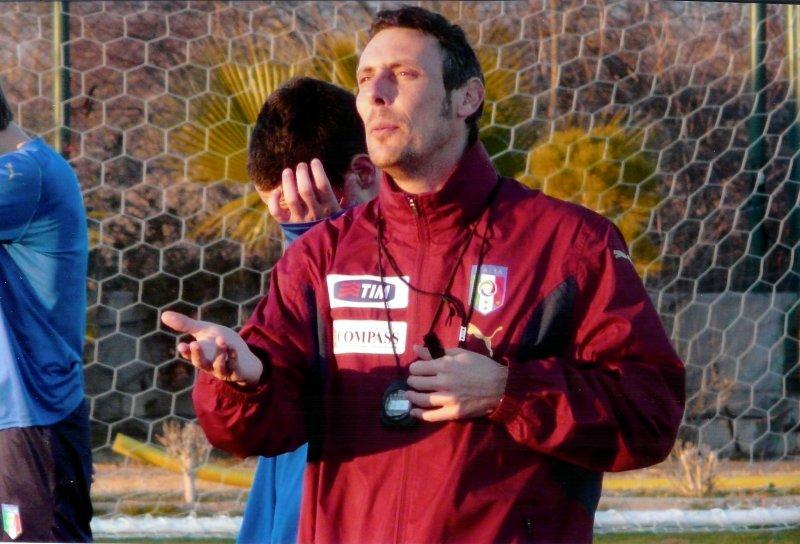 Luca Gotti Bassopolesano mister dell'Udinese Una Foto In Cui Luca Gotti Sta Tenendo Una Sezione D'allenamento Coi Ragazzi Della Nazionale Under 17 Foto Polesine Sport