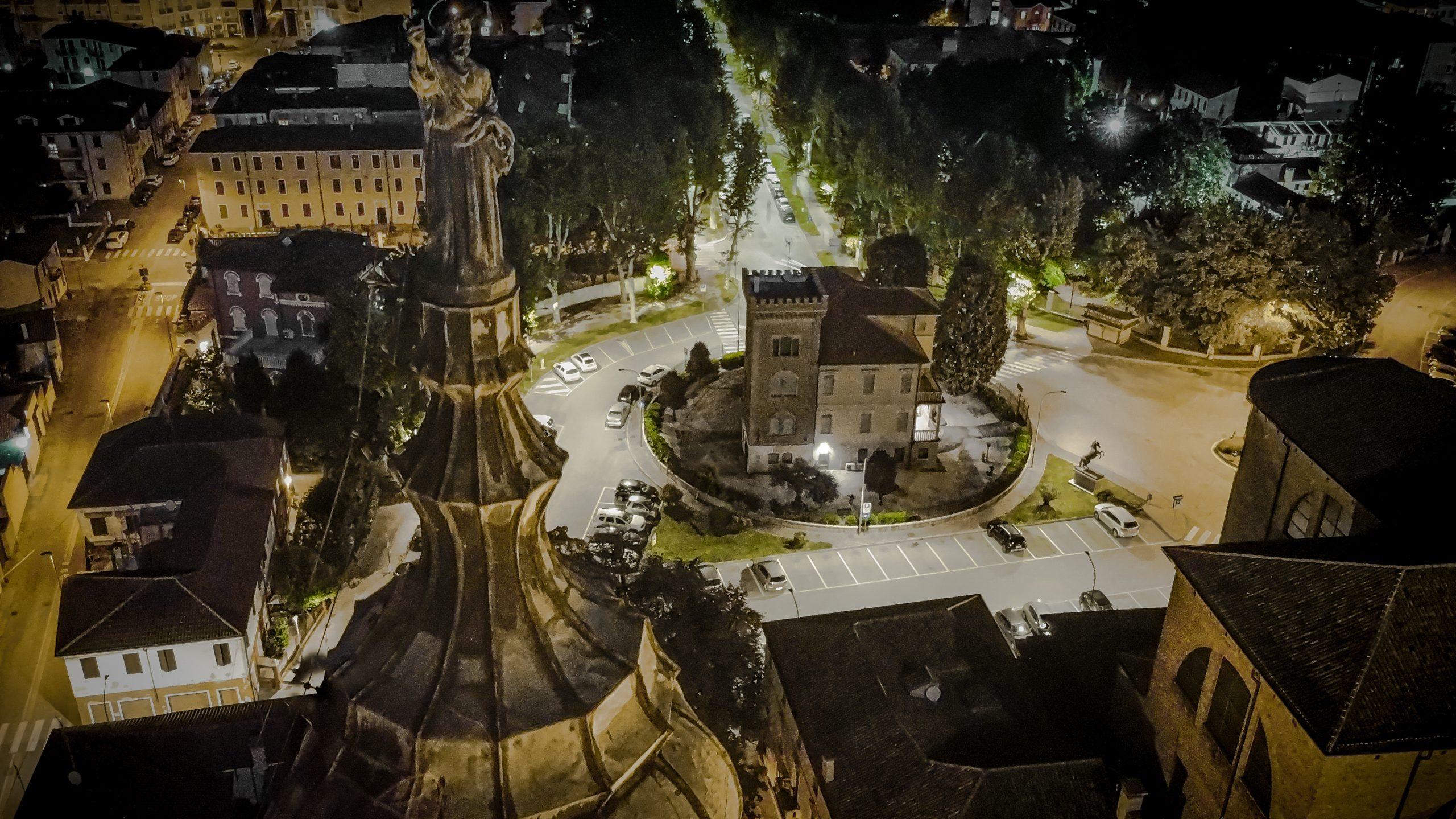 Villa Tratti notturno