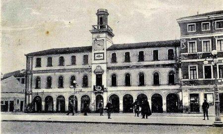 Piazza Garibaldi Per Articolo