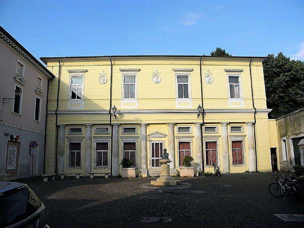 Piazza Marino Marin (2)