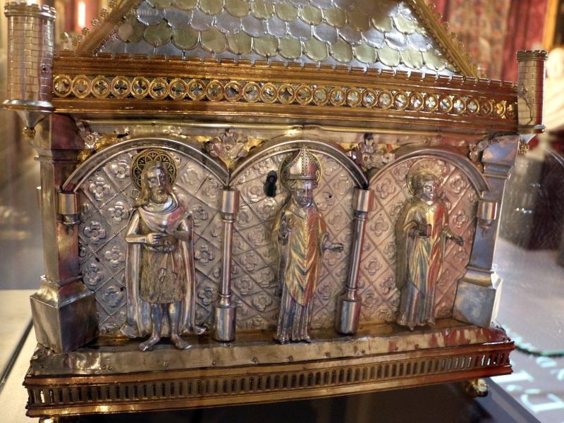 5bc0a9e660019 5bc0a9e66001corafo Aostano, Cassa Reliquiario Della Mandibola Di San Grato, 1450 Circa (aosta, Collegiata Dei Ss. Pietro E Orso) 05,2.jpg