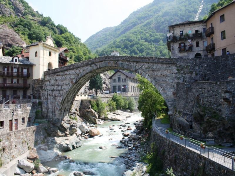 Aosta Screen2