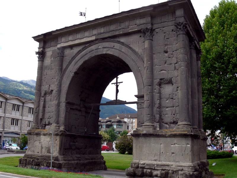 Aosta Augustusbogen 1
