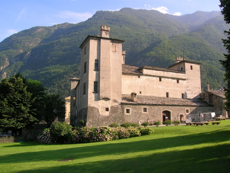 Issogne Castle
