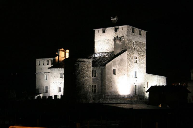 castello sarriod - notte