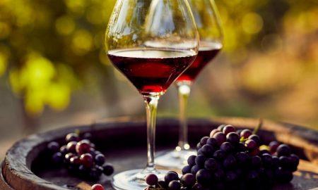 Cantine Aperte - due calici di vino