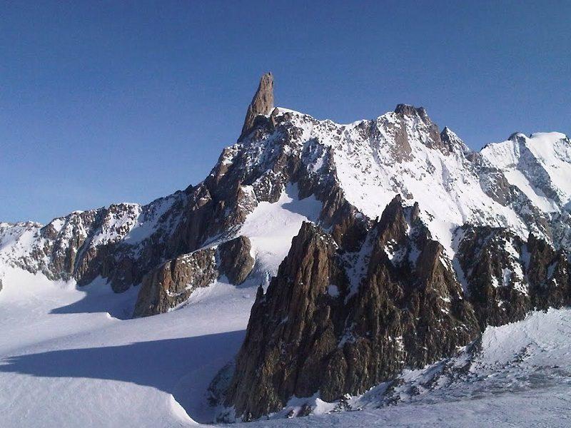 Dente Del Gigante. una montagna