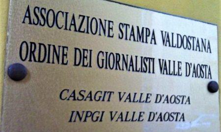 Associazione stampa valdostana: insegna