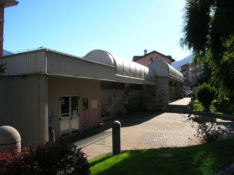 Struttura Di Ferro Che Ricopre La Villa Romana Della Consolata