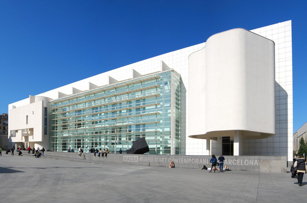 musei - ingresso del Macba