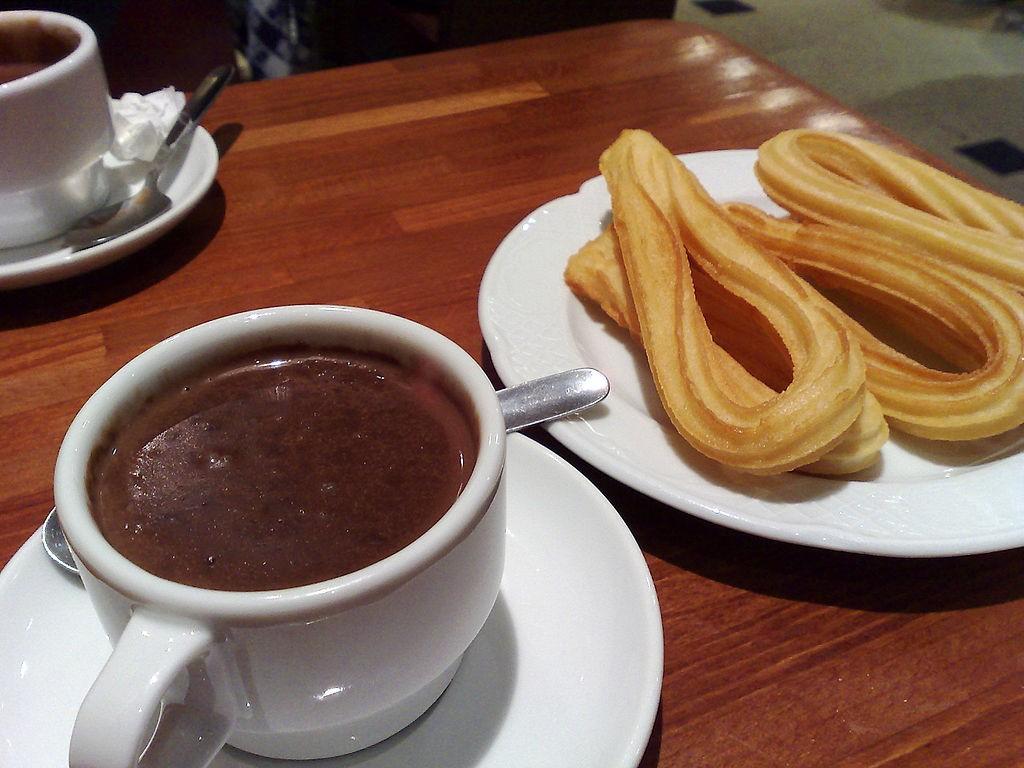 Churros e cioccolata calda: il connubio perfetto per il freddo della città!