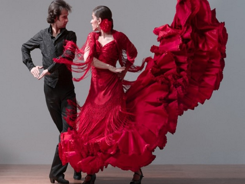 Flamenco a barcellona - due ballerini