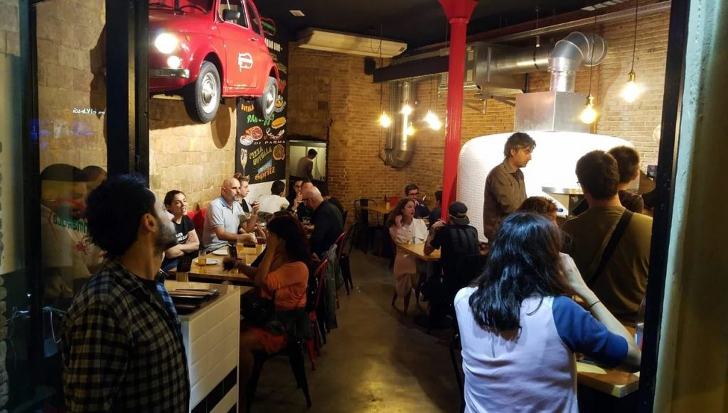 Pizzerie napoletane a Barcellona-pizzeria Pummarola