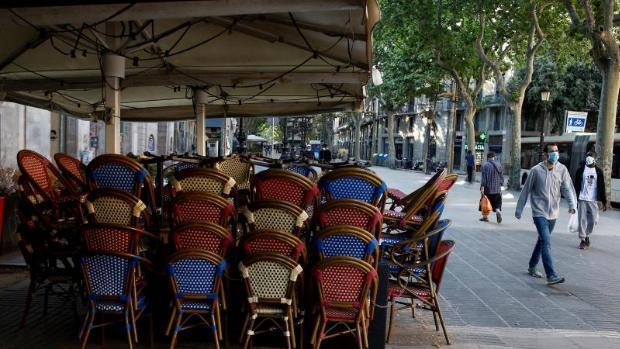 fase uno-Bar chiuso Barcellona