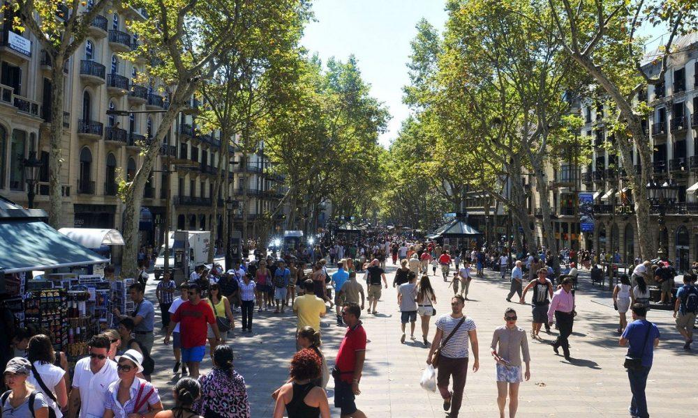 la spagna apre le frontiere-Barcellona Turismo