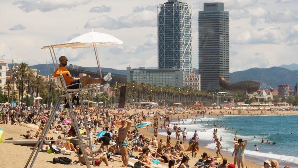 fase 3-Agglomerazioni Spiaggia barcellona