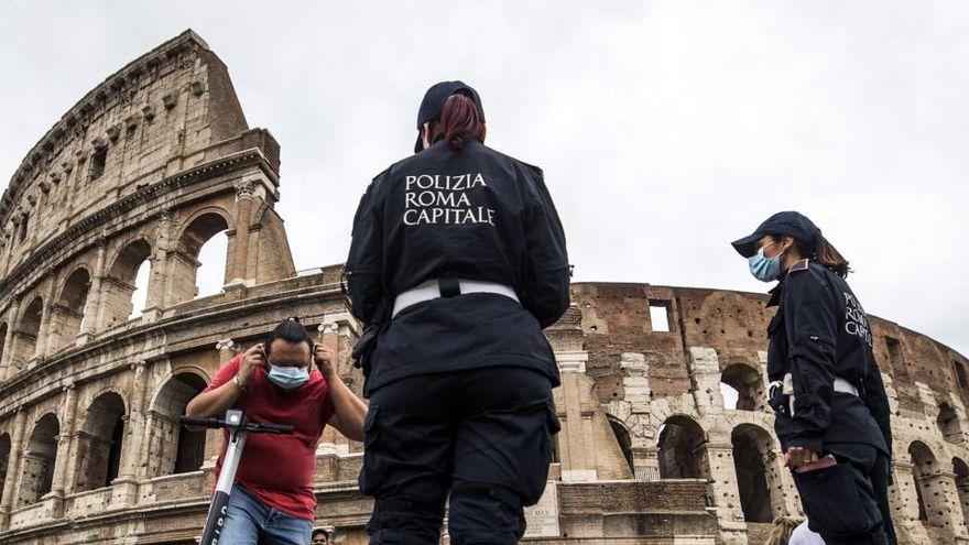 Colosseo Italia - le sei c