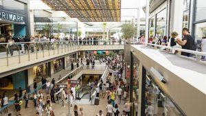 riaprono i centri commerciali -Cataluña