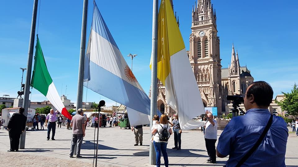 El pueblo italiano en Argentina participa de la peregrinación hacia la Basílica de Luján. Foto de Rita Lembo.