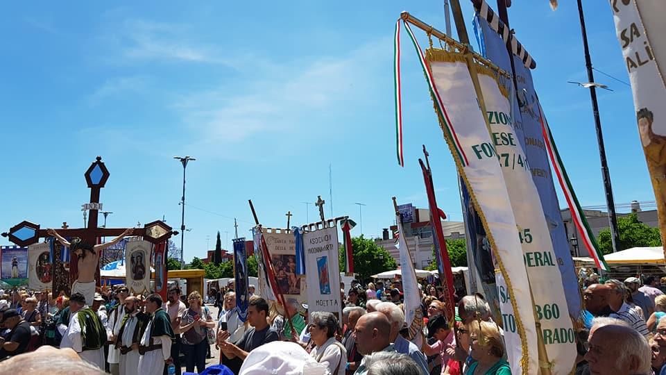 Los italianos peregrinan a Luján todos los años.