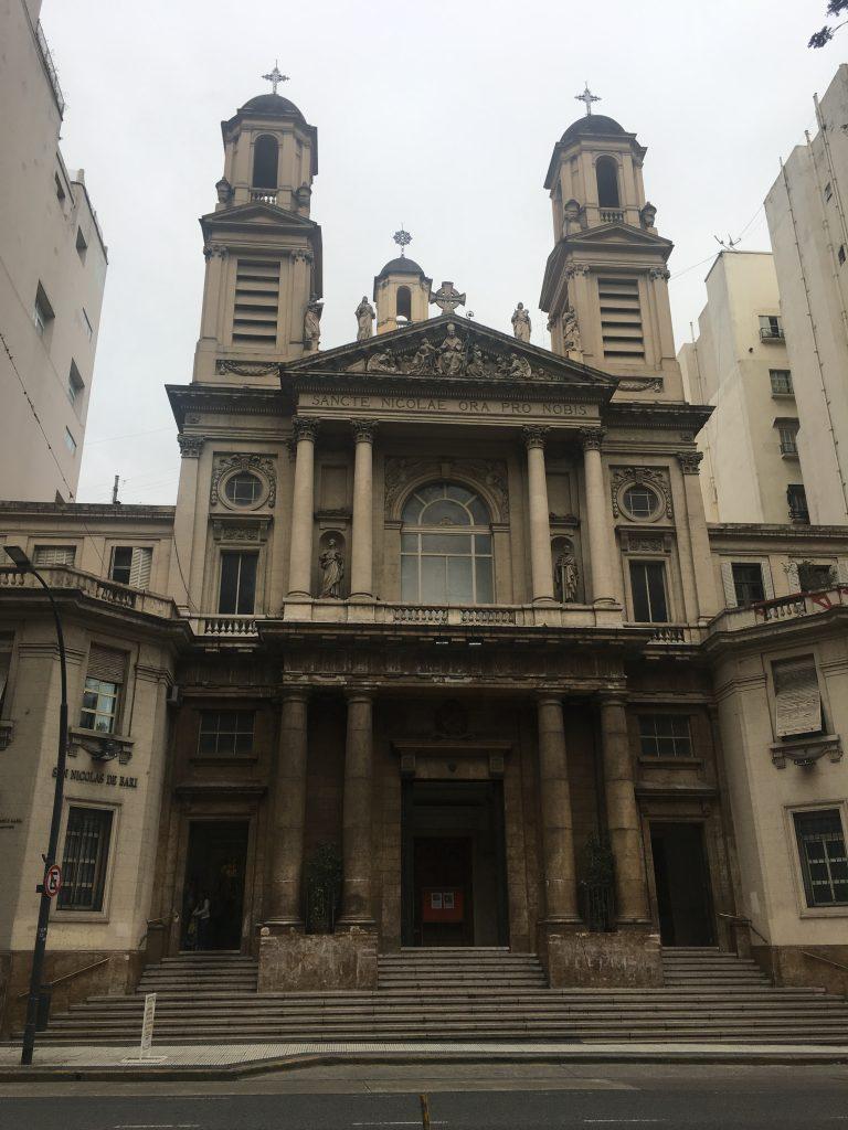 Facciata dell'attuale Basilica di San Nicola di Bari. photocredit Marta Potenza
