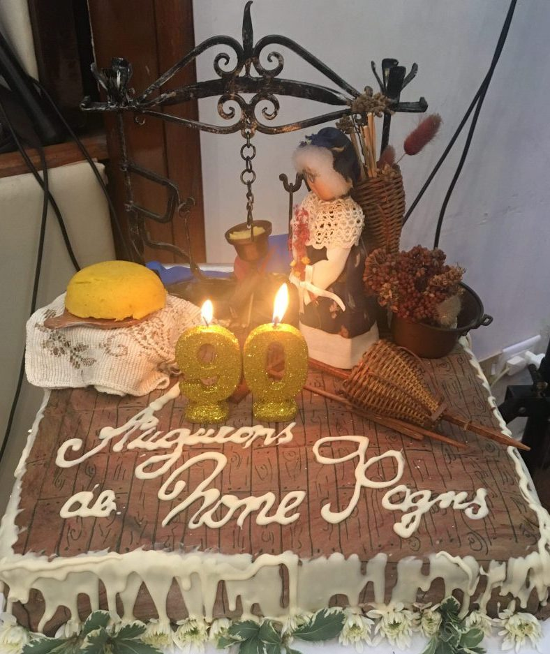 90º anniversario della None di Buenos Aires torta