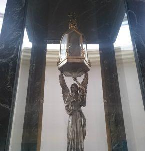 Immagine del cuore di Don Orione che si trova nella Chiesa del Cottolengo di Claypole, Buenos Aires