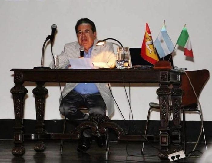 Luciano Aloschi presenta il suo libro a Buenos Aires presso la Dante Alighieri
