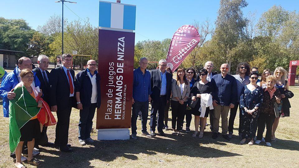 En Lanús se inauguró una plaza en honor a la comunidad italiana.
