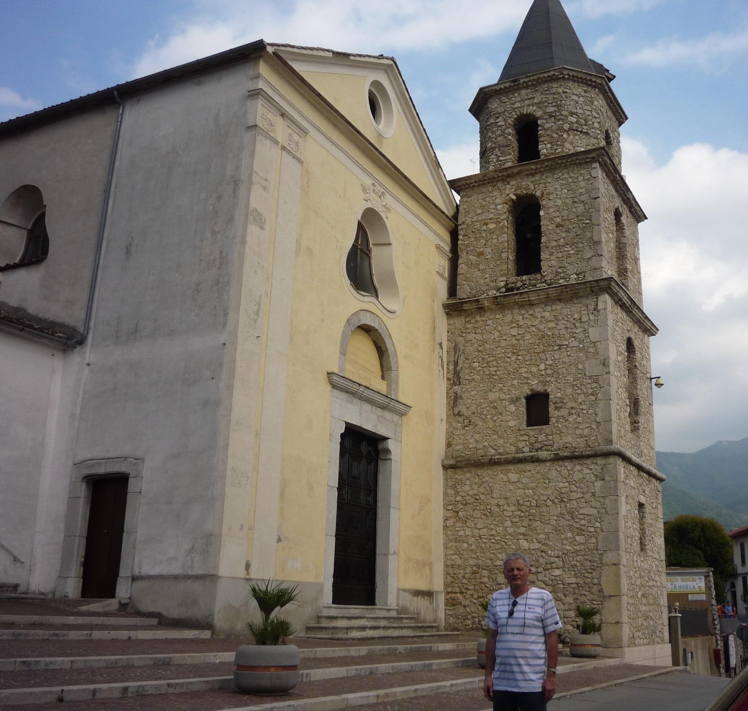 Vicente nella chiesa di Solofra. Intervista a Vicente D'Urso