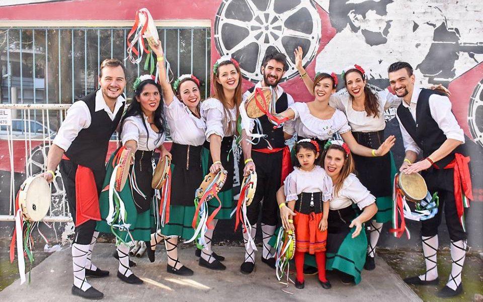 El grupo de jóvenes de gioia d'Italia