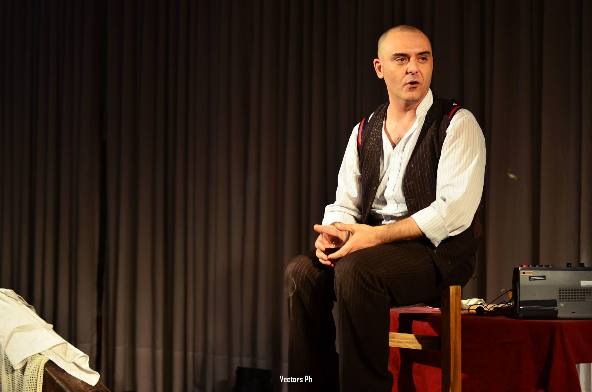 Cinema Italiano - Giampaolo Samá nació en Calabria, Italia, y desde 2007 reside en Buenos Aires