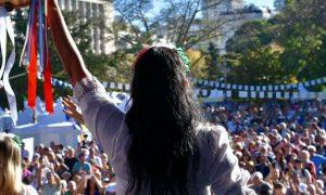 Buenos Aires Celebra Calabria - Av. de Mayo y Bolívar