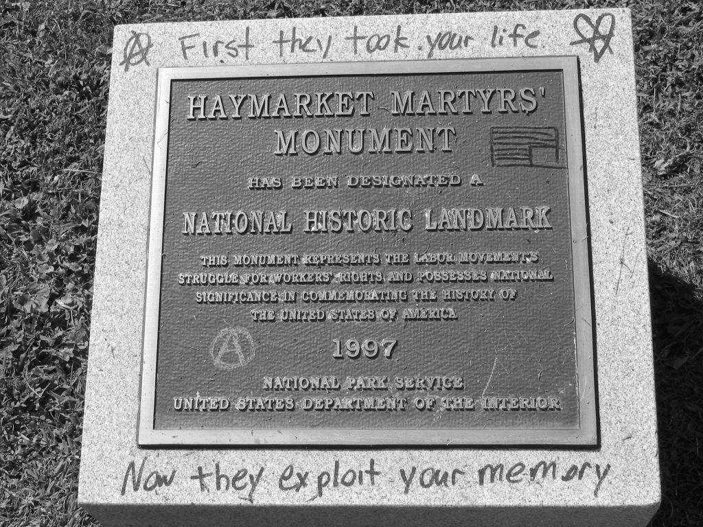 Día del Trabajador - El 1ro de mayo se recuerda a los llamados Mártires de Chicago, un grupo de sindicalistas anarquistas que fueron ejecutados en 1886 en Estados Unidos.
