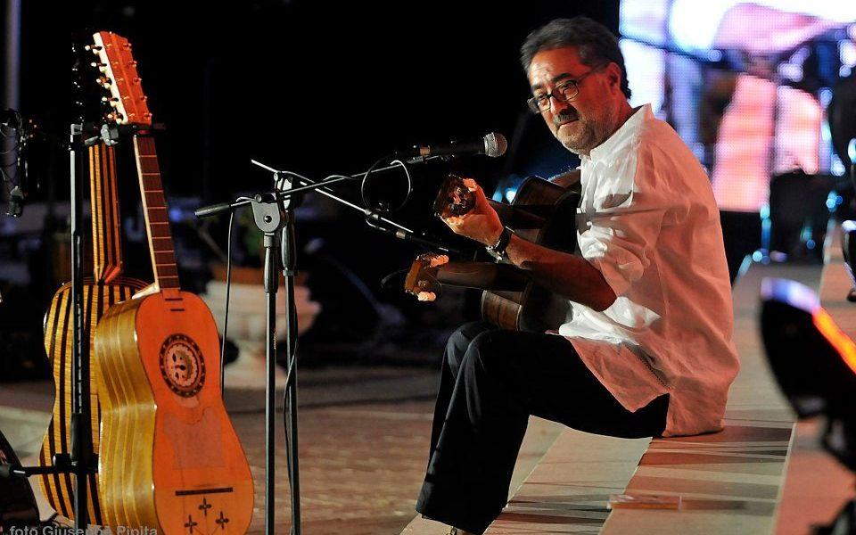 Cataldo Perri - Guitarrista