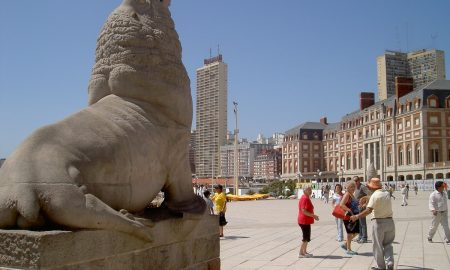 Mar del Plata - l Monumento al Lobo Marino, es el símbolo indiscutible de la ciudad balnearia de Mar del Plata.