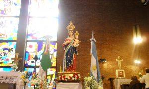 Madonna Della Quercia - Estatua