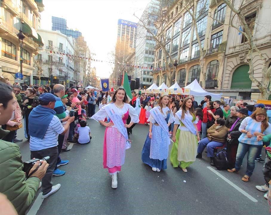 Día del inmigrante - Misses Del Sur De Italia