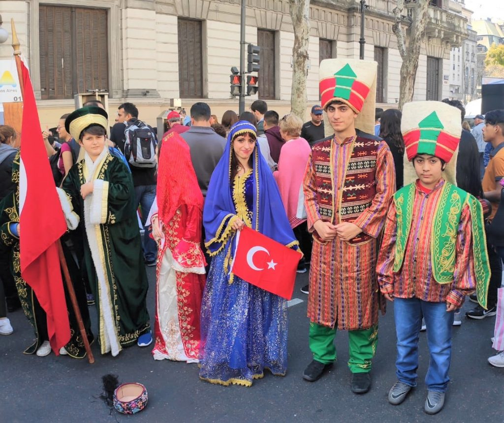 Día del Inmigrante - Comunidad Turca