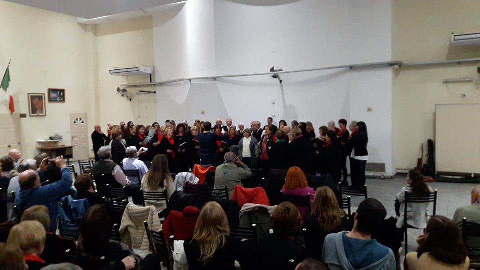 Coro Vincenzo Bellini - Los coros participantes se unieron para cantar juntos